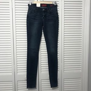 NWT LUCKY BRAND Brooklyn Skinny Dark Wash Jeans 00